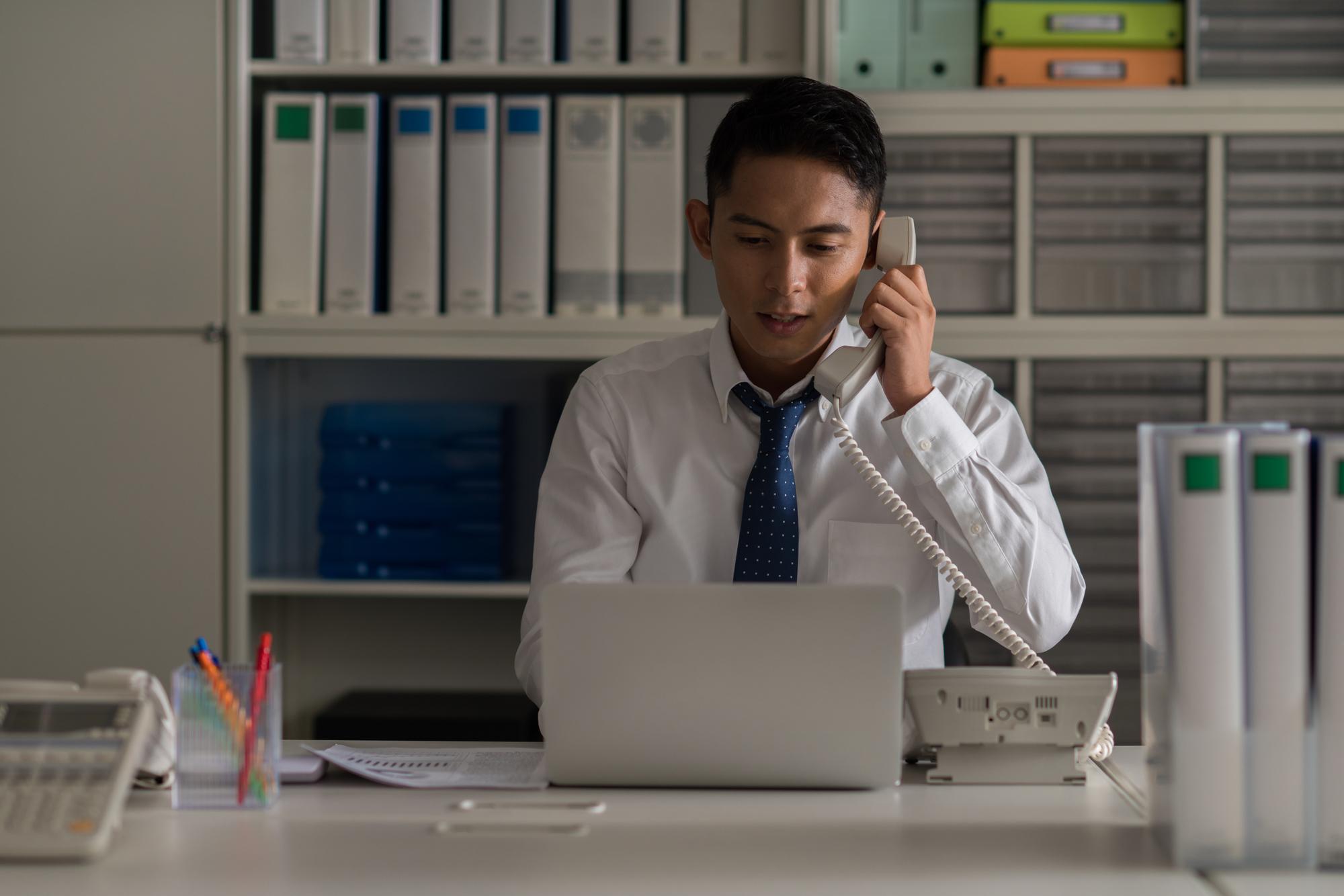 営業には残業が付き物?不要な時間外労働を減らすコツ