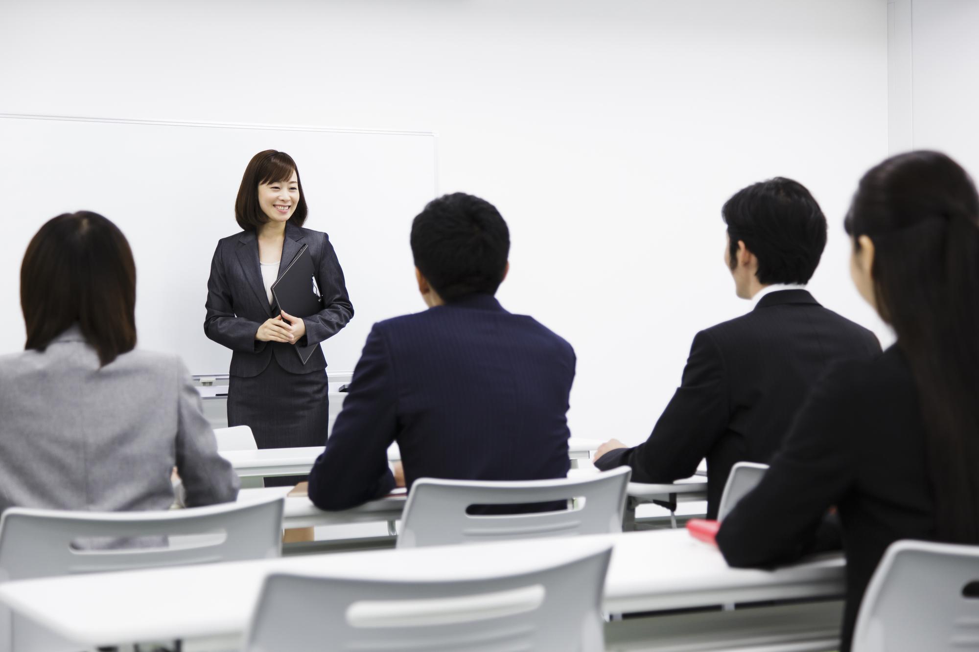 営業マンが取り組むべき勉強方法とは?勉強のコツを網羅!